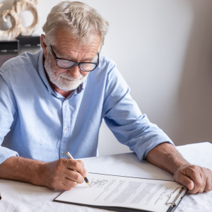 Simple and Complex Wills
